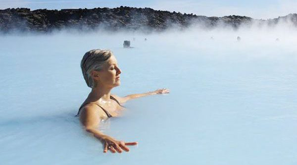 Iceland holidays. Destination highlights and travel information