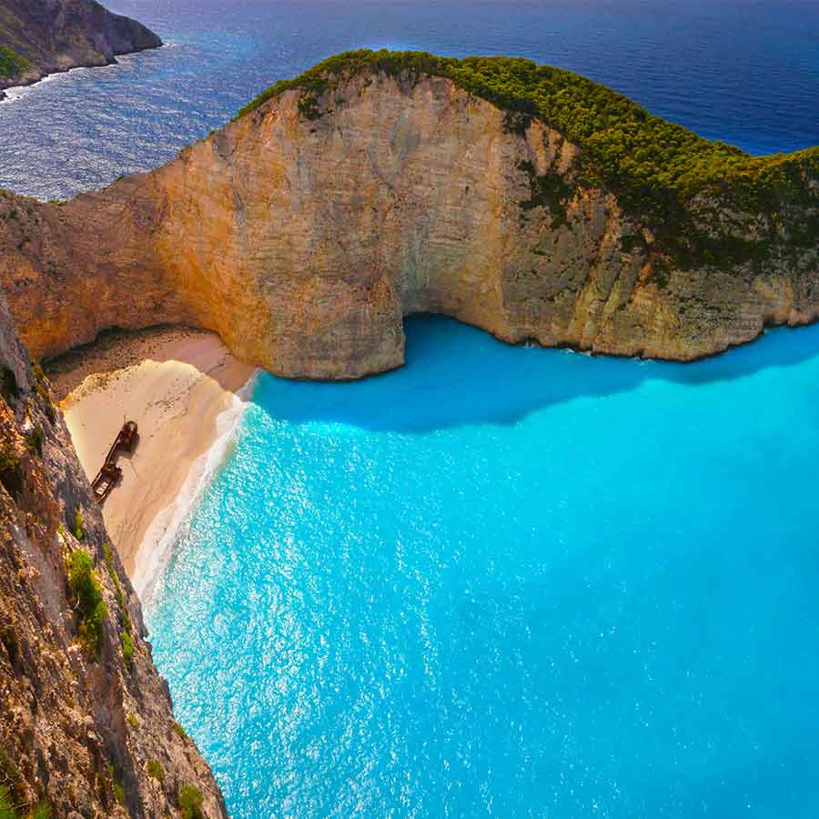 Holidays in Greece, one of the destinations always at the top of the list of destinations for the holidays most loved by the British.