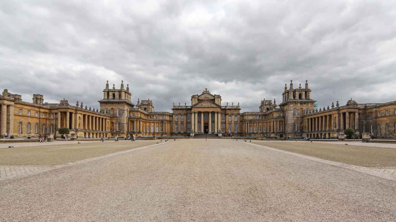 UK travel experiences. Stately Homes and Palaces. Blenheim Palace, Oxfordshire
