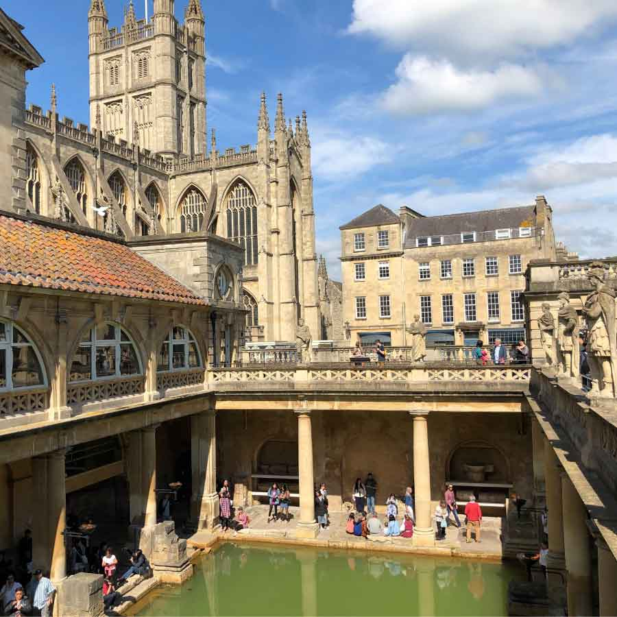 Bath, England. Essential Information for visitors and holiday makers