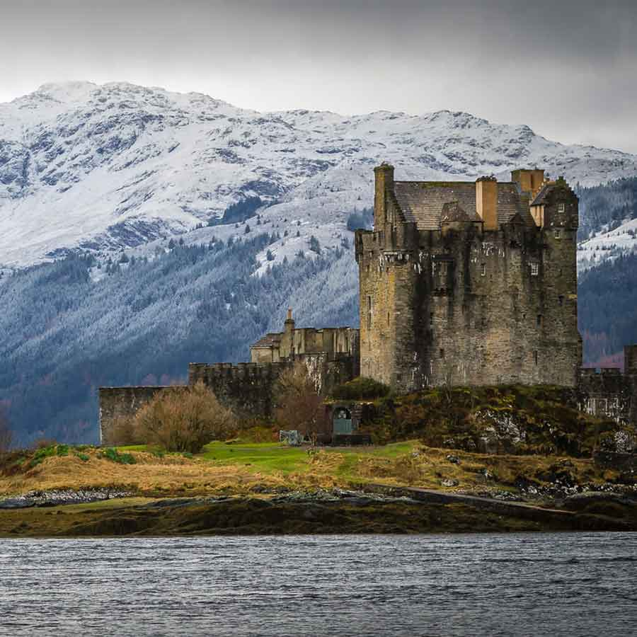 Vacations in Scotland. Scotland at a Glance