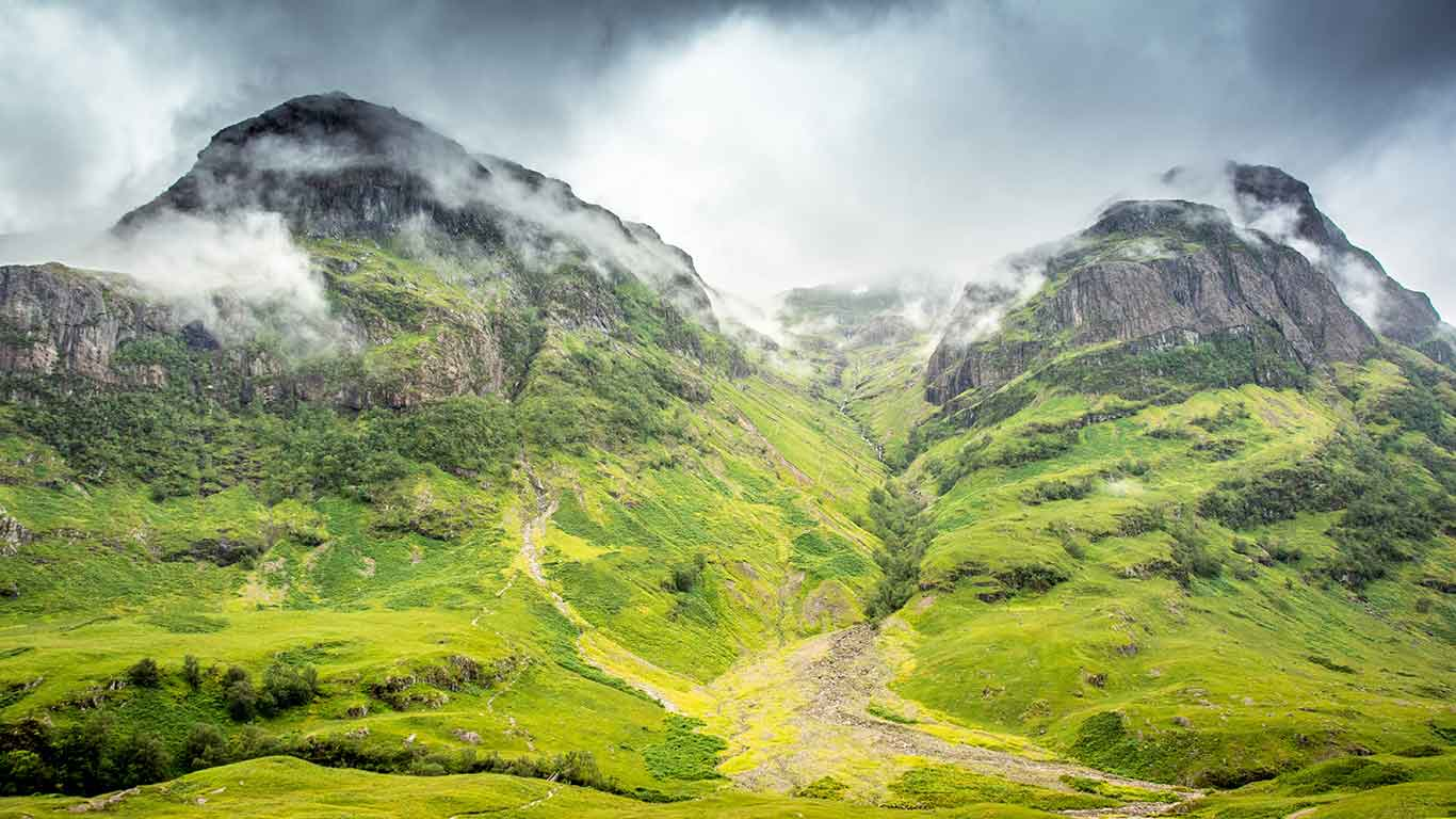 Scotland's vast Highlands, one of Britain's most rousing landscapes offering soaring mountain peaks, grassy plains and heather-clad moorland.