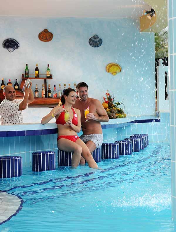 All inclusive resorts in Cayo Guillermo, Cuba. Swim up bar