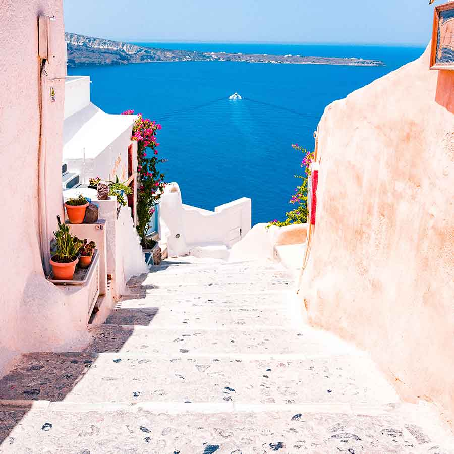 Holidays in Greece. Greece Destination Guide, Santorini