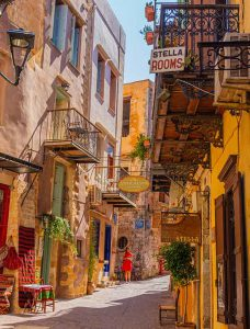 Nicknamed the Venice of the East, Chania is a real gem on the north western coast of the island of Crete.