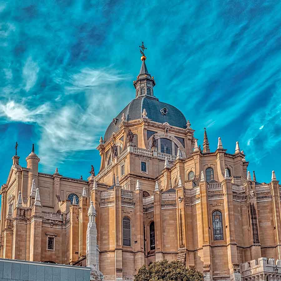 Holidays in Spain. Destination guides, travel advice, tailor-made itineraries
