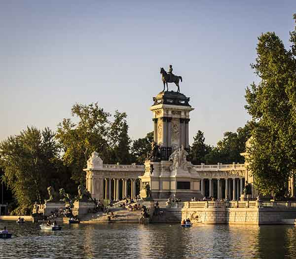 Madrid, Spain. Tailor-made and package holidays, travel guide, destination tips