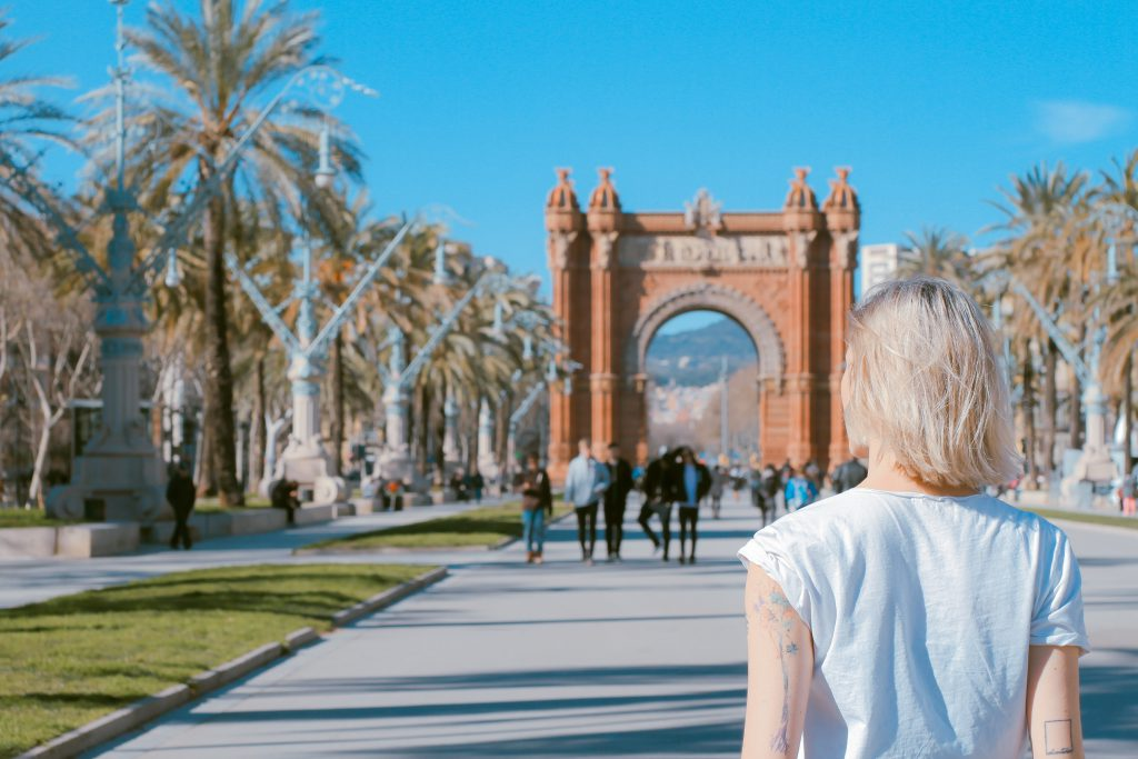 Barcelona Walking in the sun